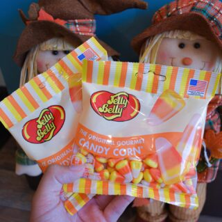 It's that time of the year, & we always have to ask… Thoughts on Candy Corn?🧐 Comment below a 👍🏽 or 👎🏽