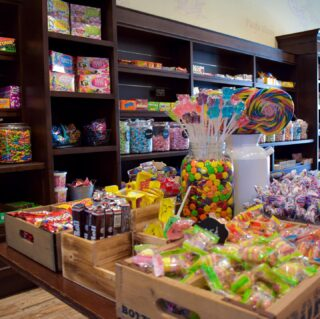 SO. MUCH. CANDY. 😍 Satisfy your sweet tooth with our selection of treats! Open until 9pm tonight 🍬